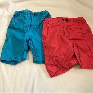 set of GAP shorts